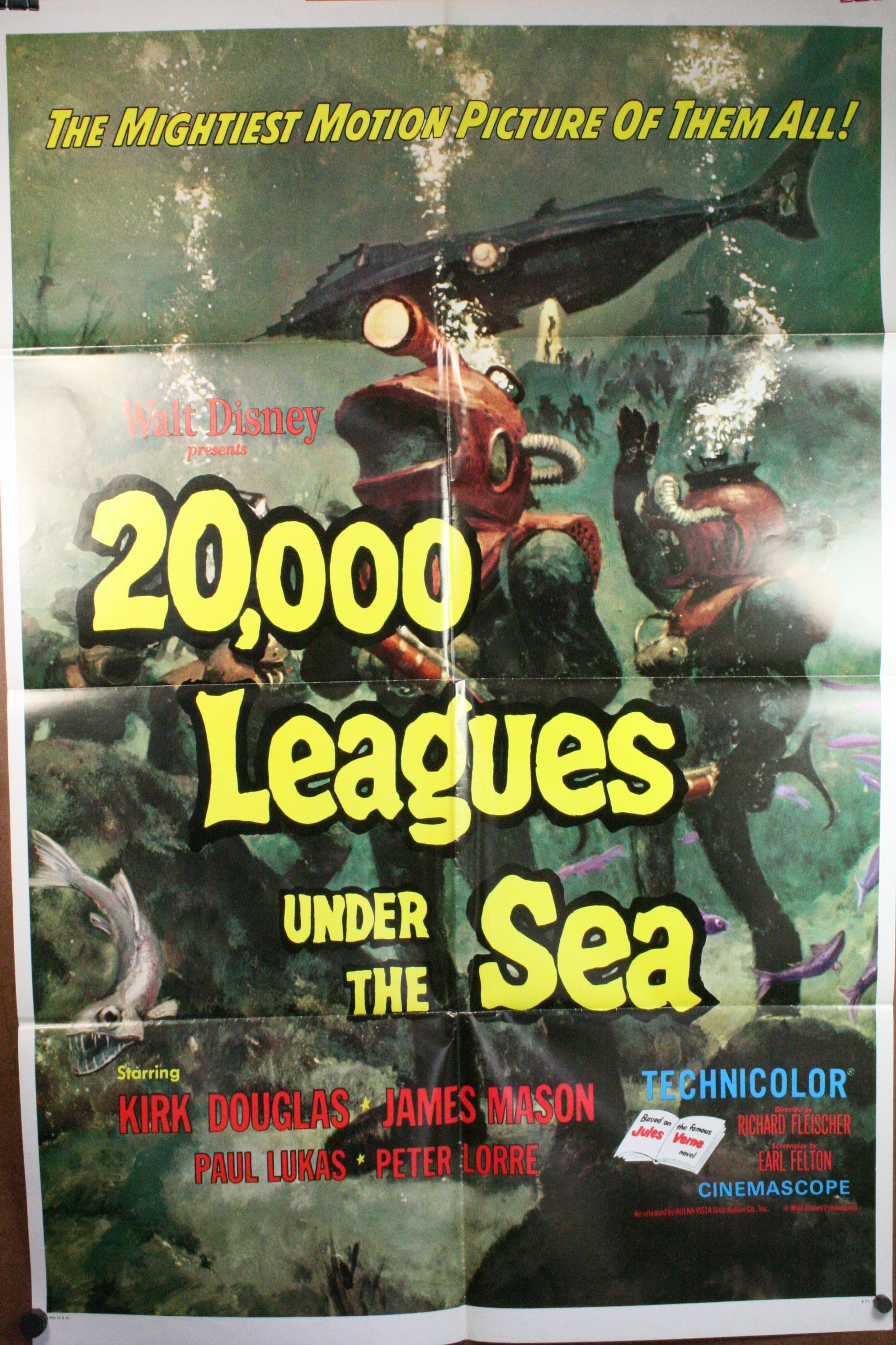 an analysis of the movie 20000 leagues under the sea Home film reviews december 31, 1953 11:00pm pt 20000 leagues under  the sea walt disney's production of 20000 leagues under the sea is very.