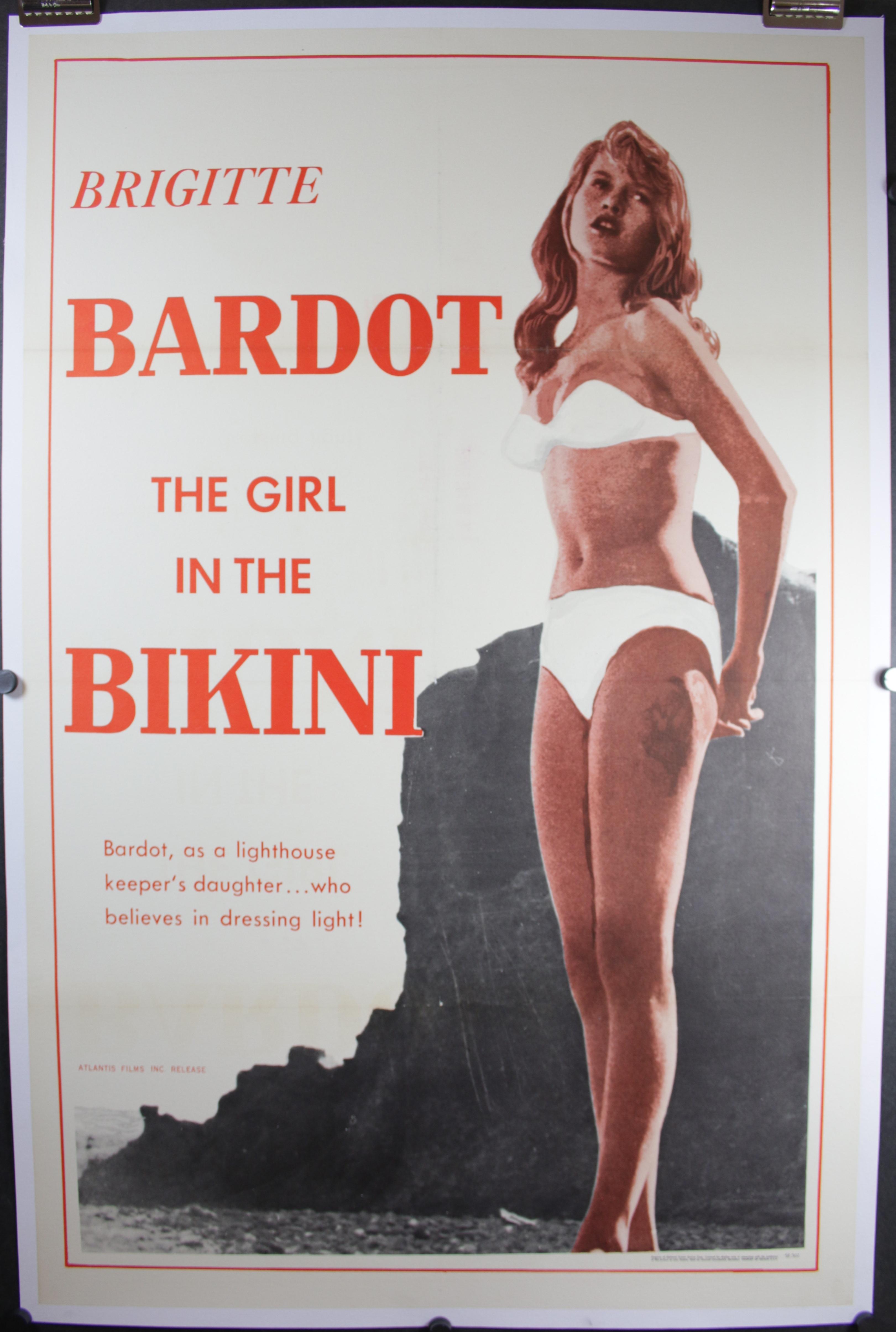 Girl in the Bikini 782 LB