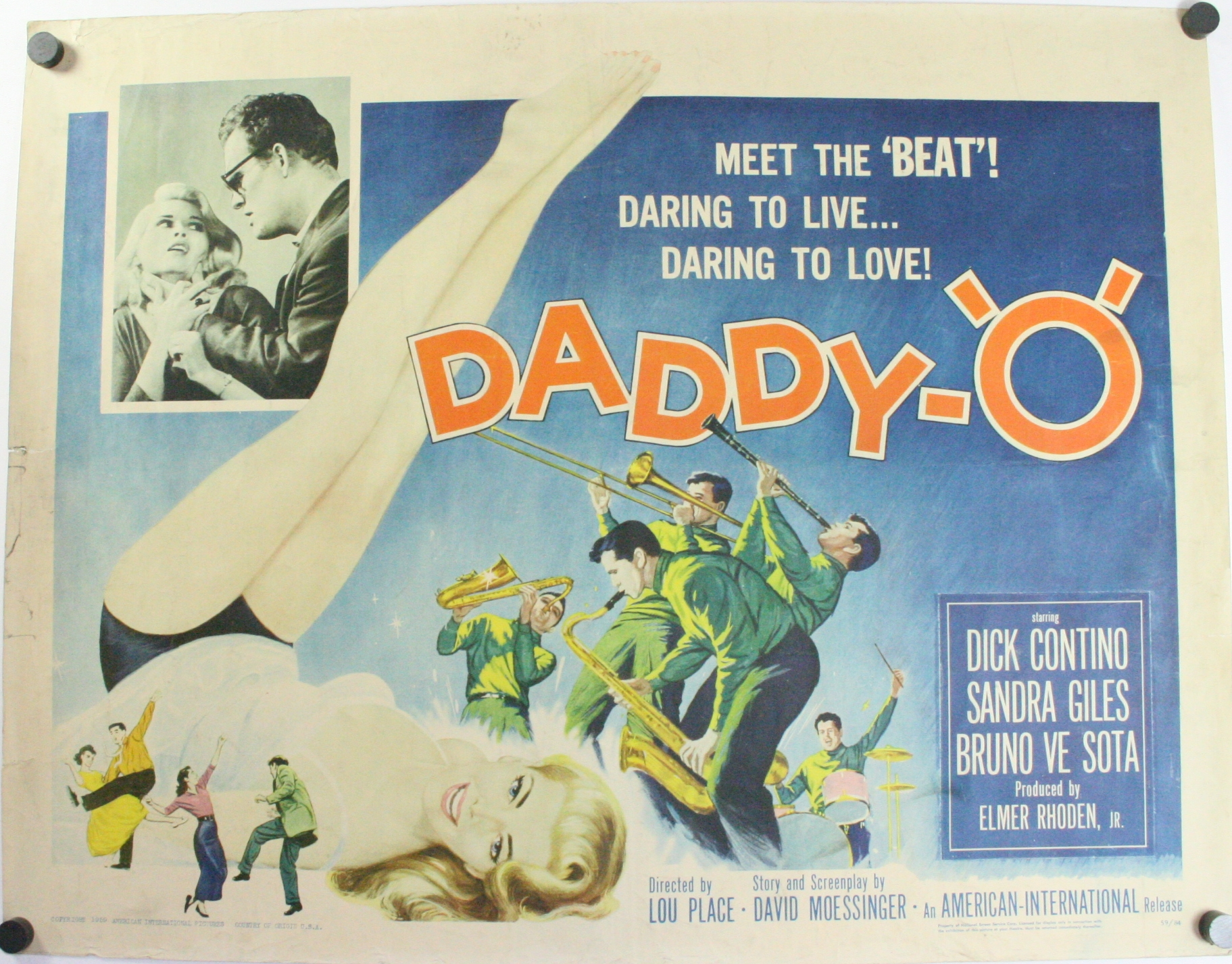 Movie poster for 'Daddy-O'. Text: Meet the 'beat'! Daring to live... Daring to love! DADDY-'O'
