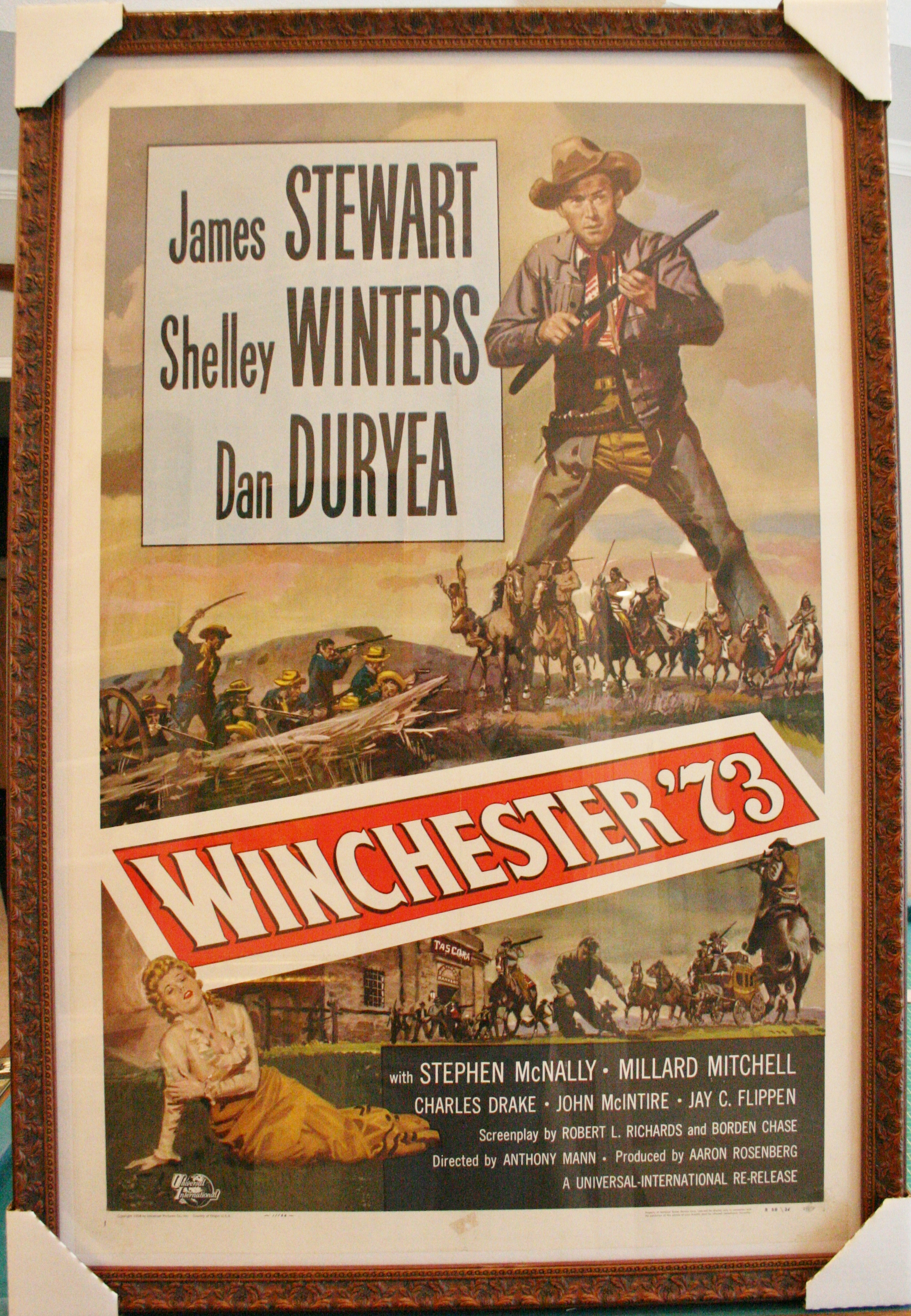 Framing Posters: some examples of framed vintage posters